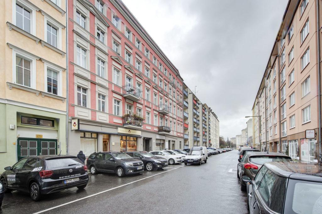 FassadeStraße_6128_29_30