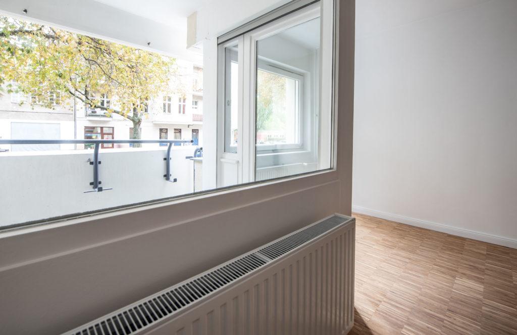 Schiller54_Charlottenburg_Wohnzimmer_Balkon