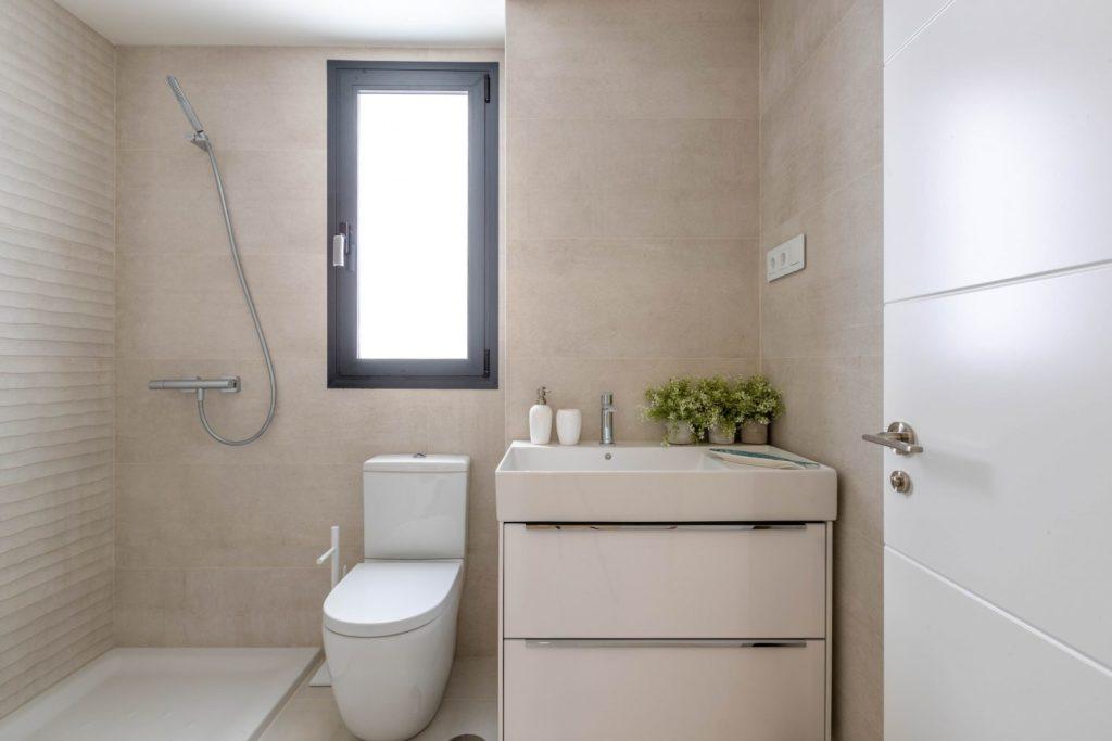07-main-bathroom-caada-homes-1500x1000